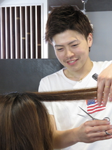 VEGA hair's story スタイリスト 藤原秀貴